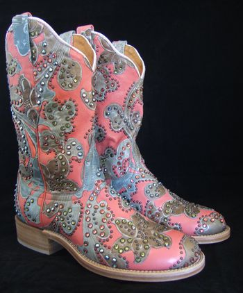 Kippy Buffalo Rose Cowboy Boots