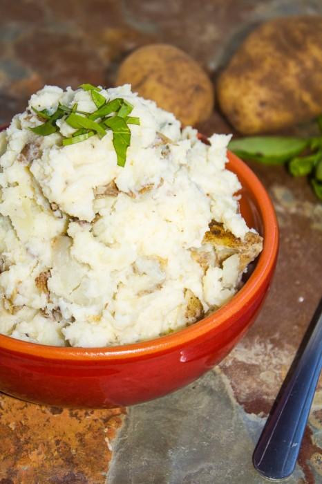 Parmesan Basil Mashed Potatoes Recipe