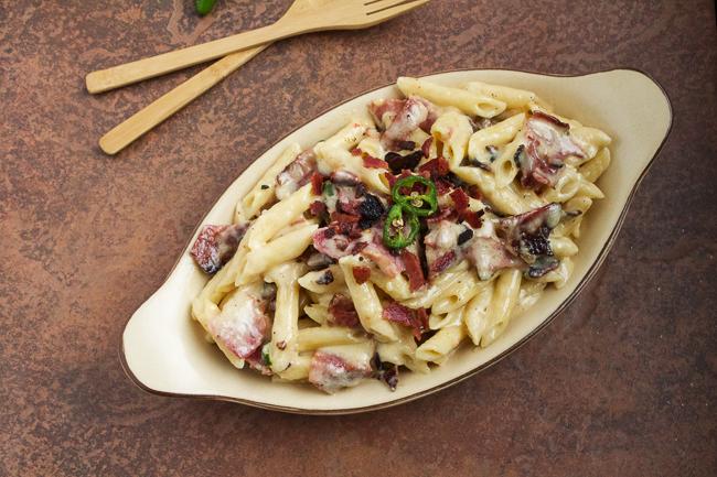 Jalapeno-Bacon-Mac-&-Cheese