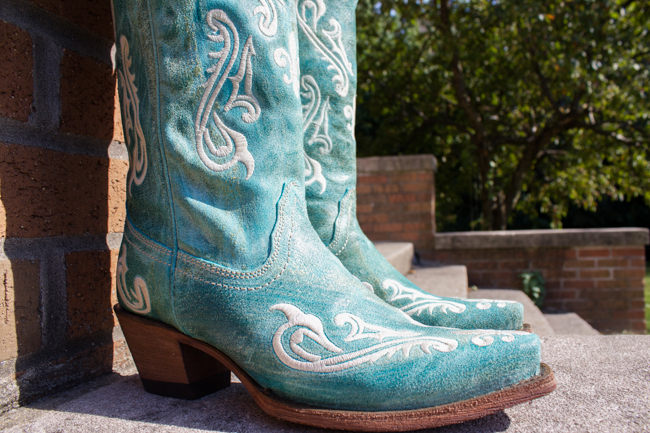 Turquoise Corral Cowboy Boots & Giveaway from Country Outfitter
