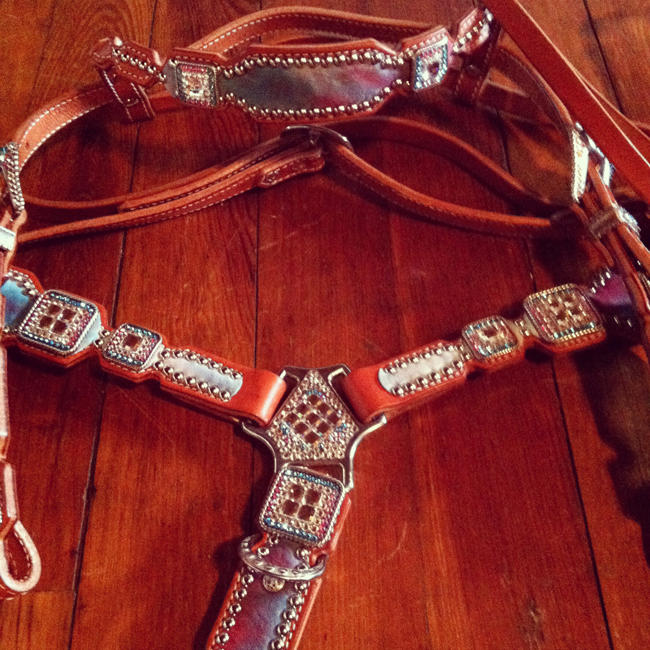 Crown Leather tack set