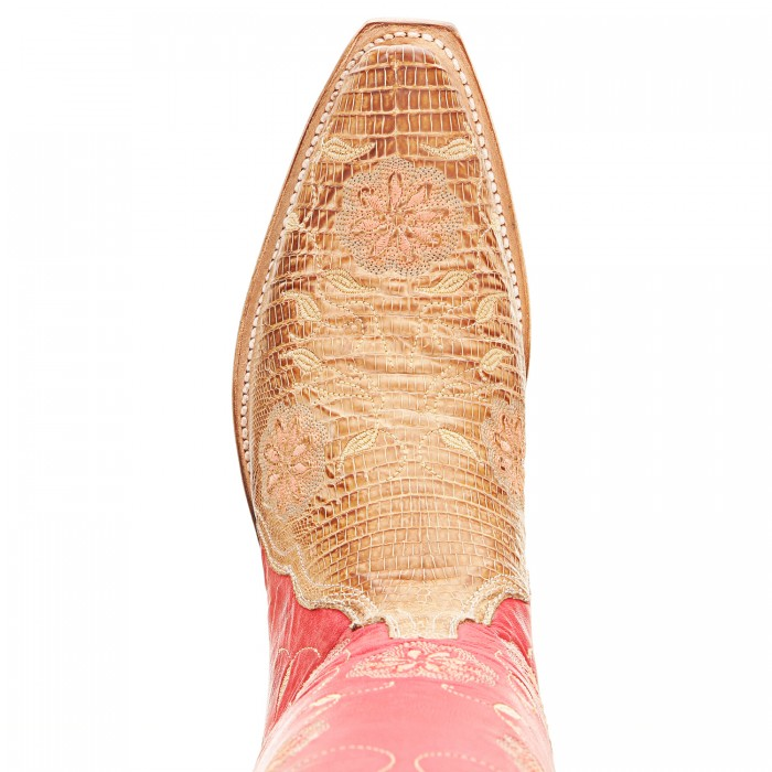 Lucchese cowboy boot toe