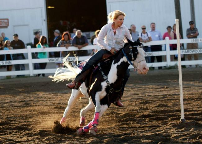 Pole Bending Paint Horse, Raquel and Rumor