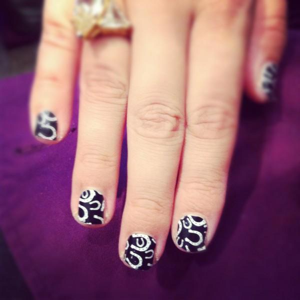 Equestrian Print Nails