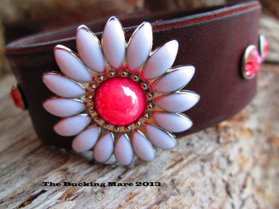 Leather daisy cuff with a pink daisy concho