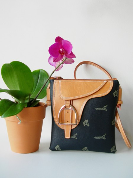 "La Espuela ""Carly"" bag in navy"