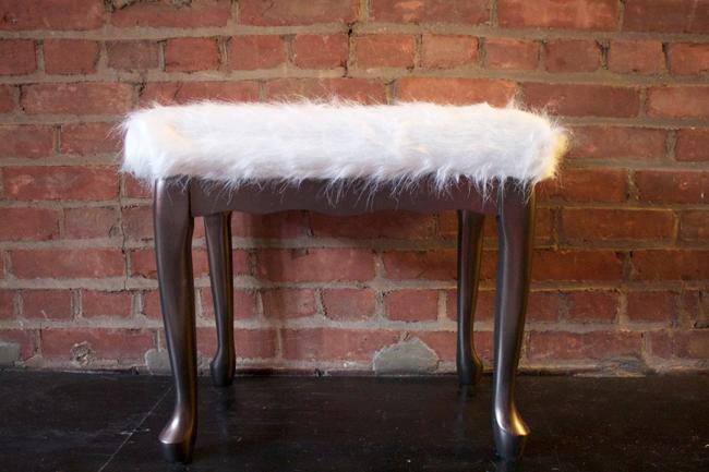 DIY: Faux Sheepskin Stool