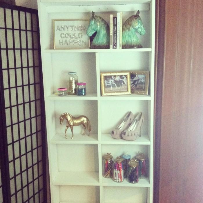 white shelf: equestrian decor