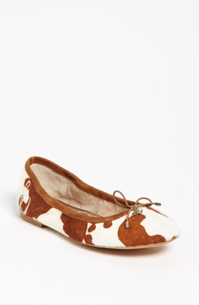 Sam Edelman Brown & White Cowhide Flats
