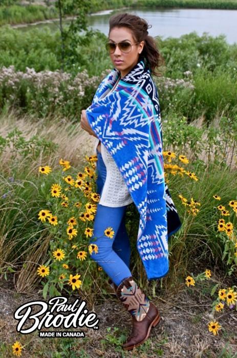 Monique w Towel & Boots