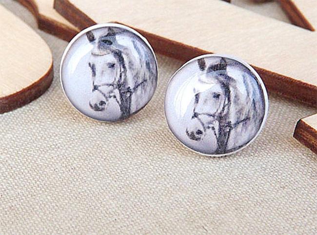 Cute horse earrings