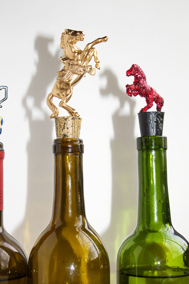 DIY-equestrian-wine-bottle-stoppers