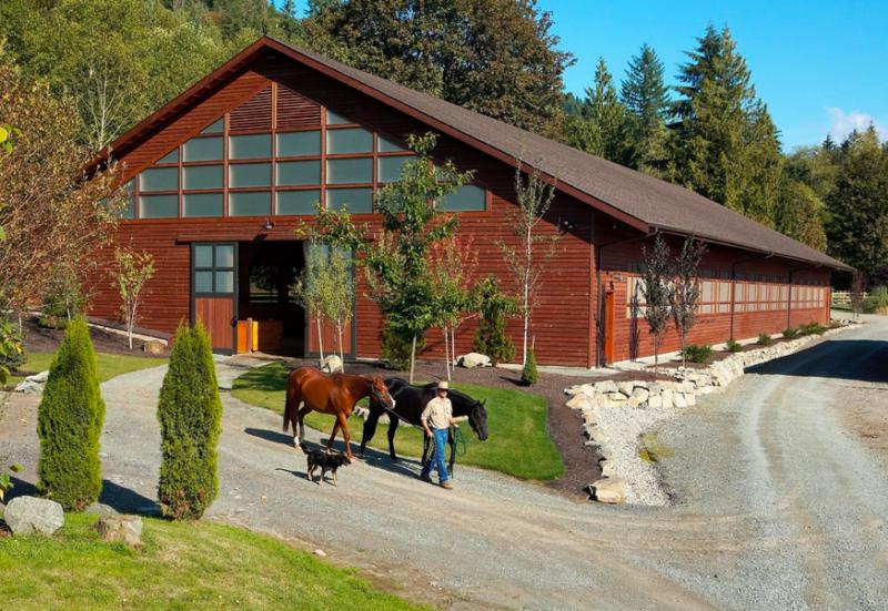Exterior-of-amazing-indoor-riding-arena