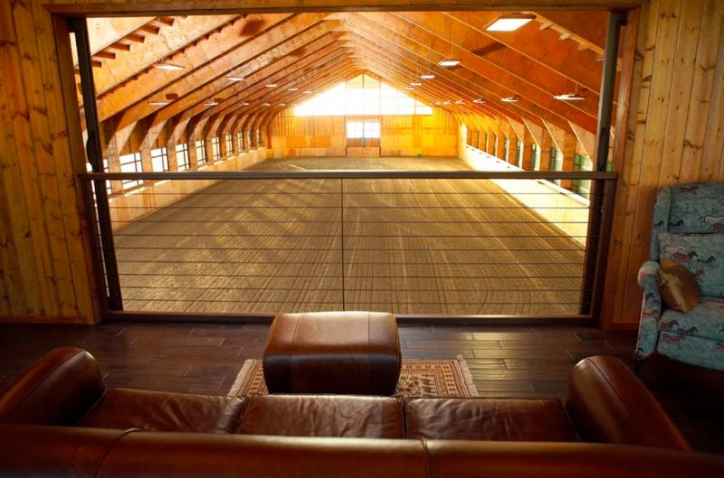 Indoor-Riding-Arena-Viewing-Area