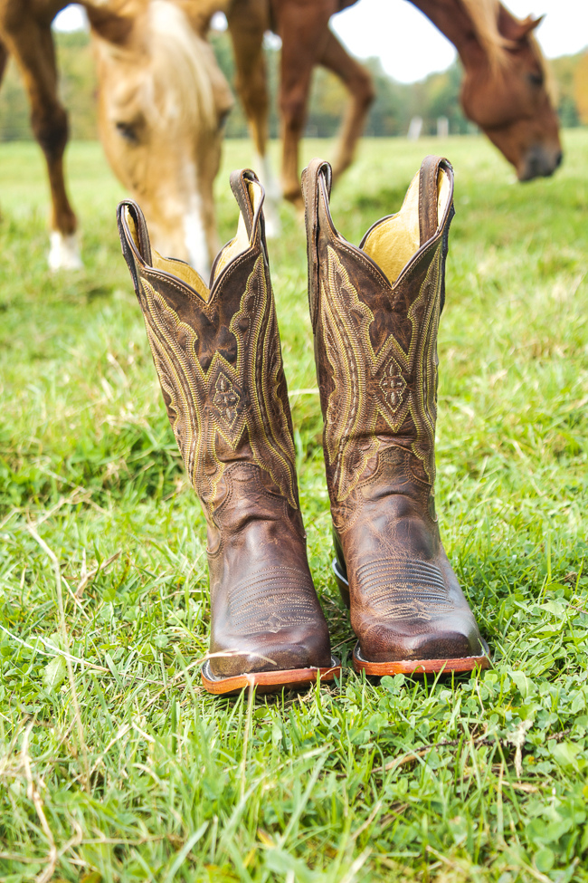Justin Cowboy Boots with horses