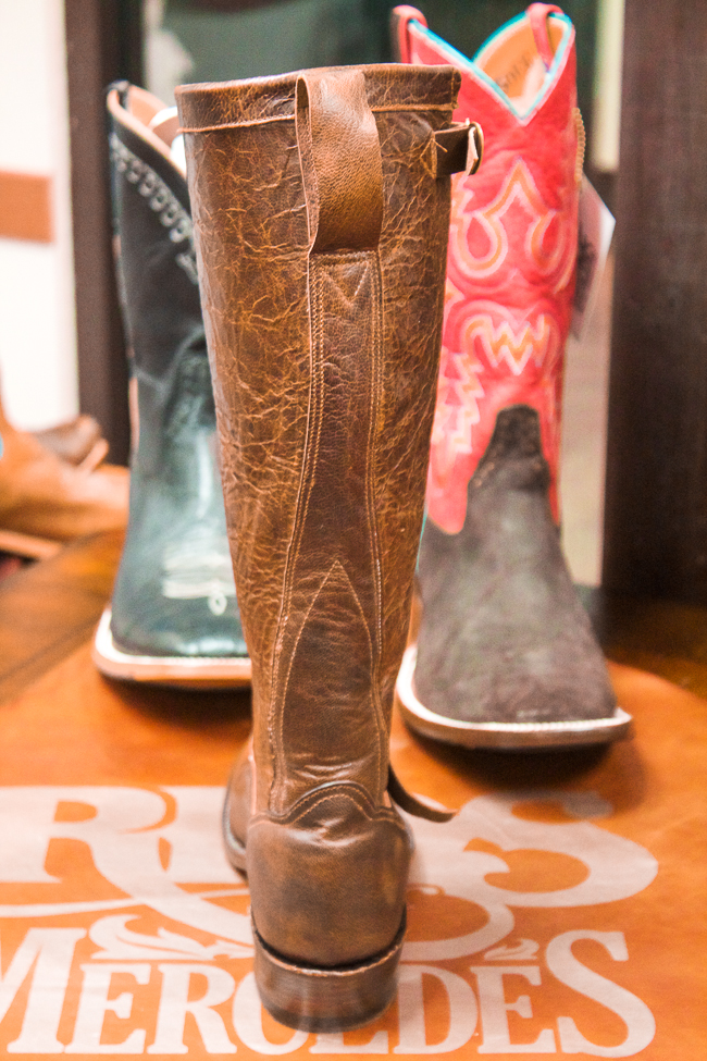 Rios of Mercedes Boot, back view