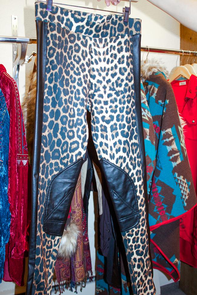 Tasha Polizzi leggings in leopard print!