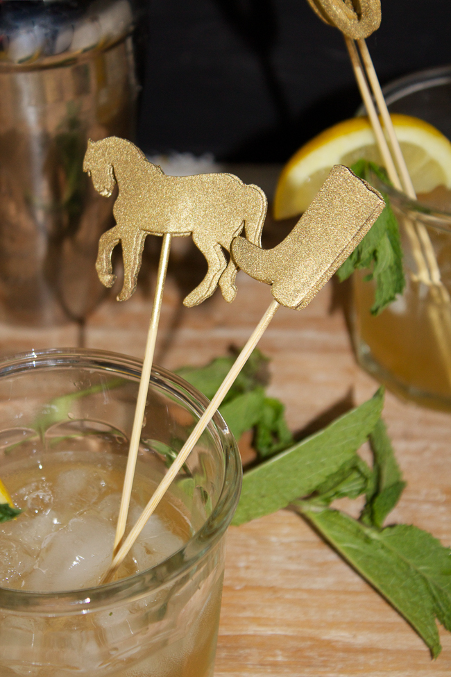 DIY Gold Kentucky Derby Cocktail Stirrers, so festive