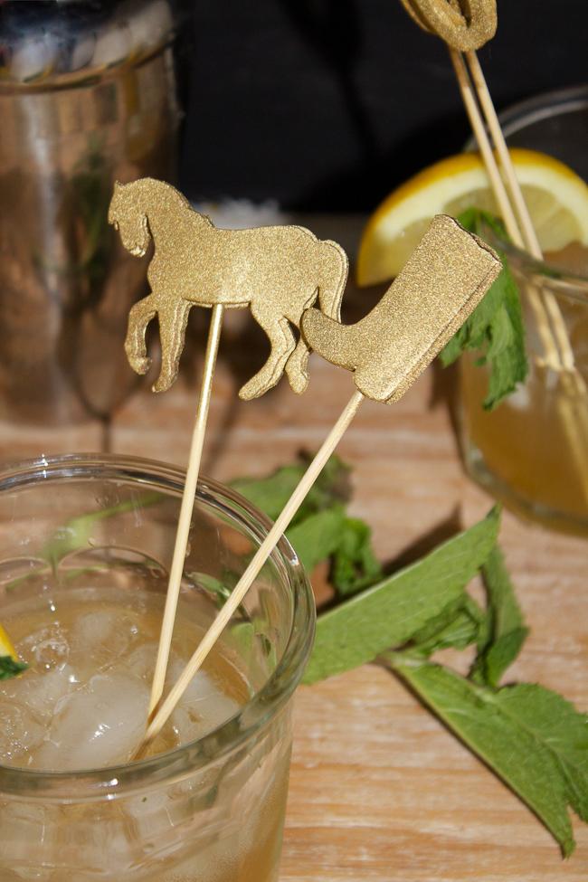 DIY Gold Kentucky Derby Cocktail Stirrers, so festive