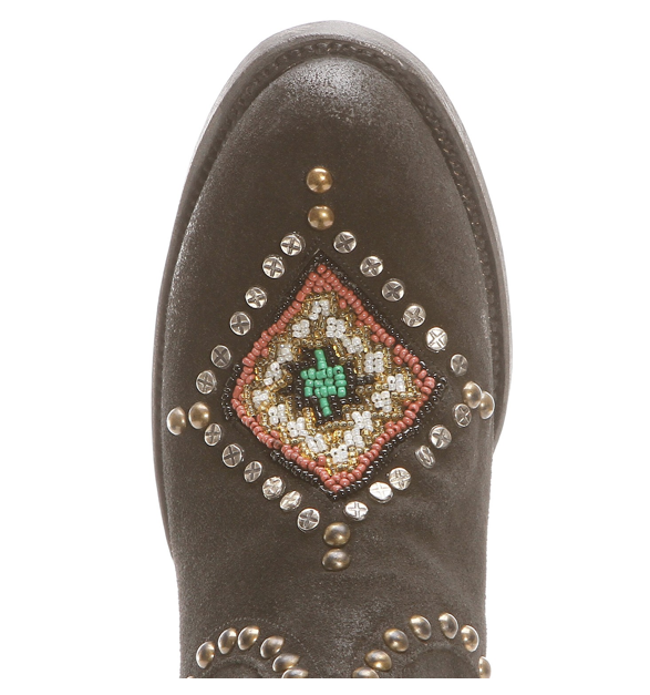 Close up, Double D Black Beaded Warrior Boots