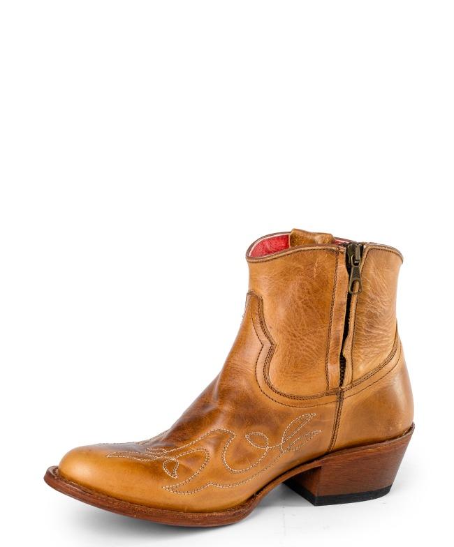 Macie Bean Annie Shorty Cowgirl Boot