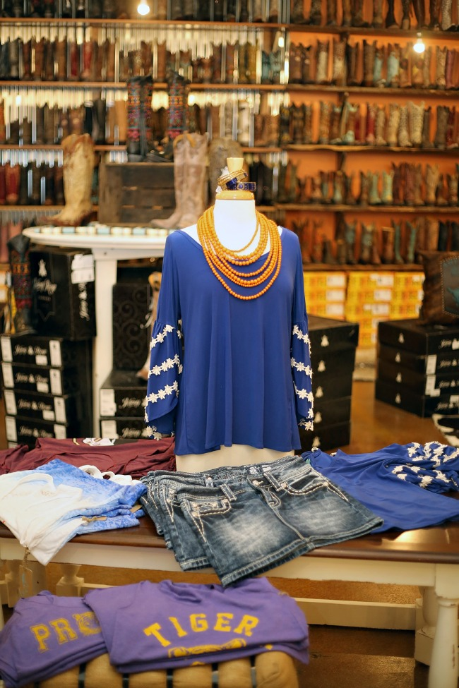 Classy CrossRoads Boutique Clothing Selection