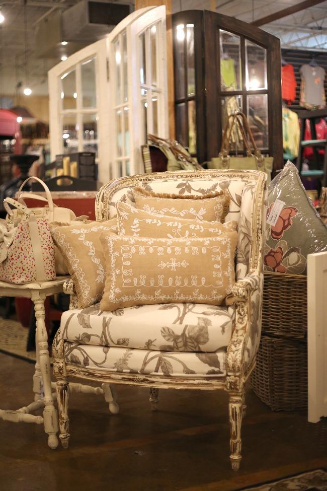 Classy CrossRoads Boutique Home Decor