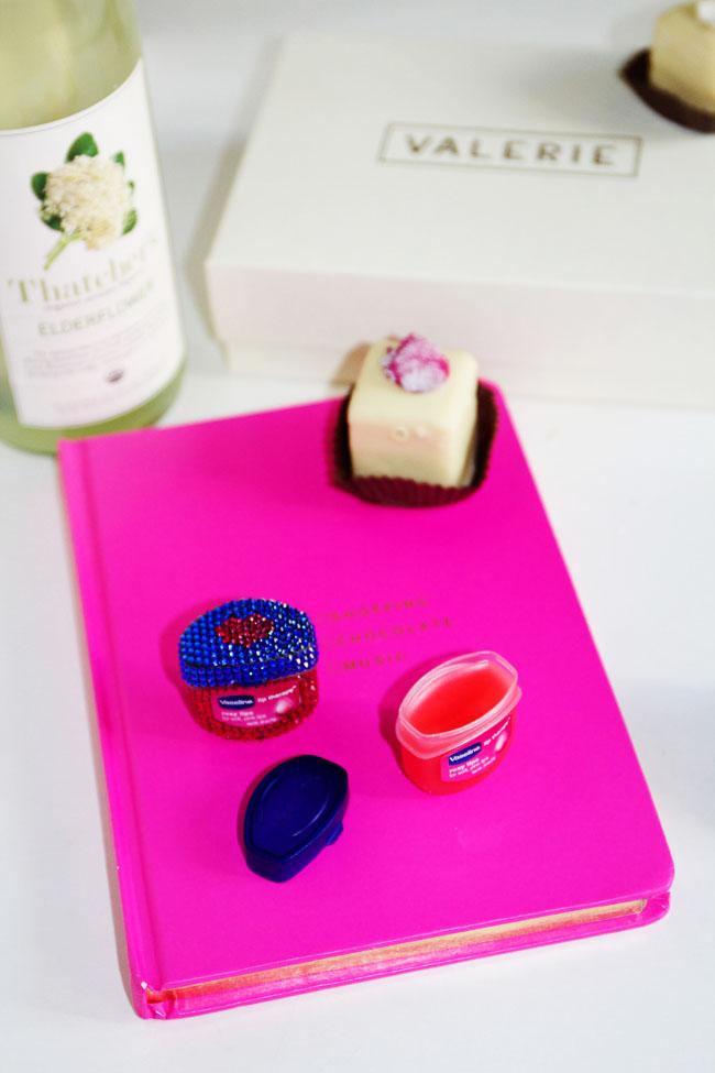 Vaseline Lip Therapy Rosy Lip Pots