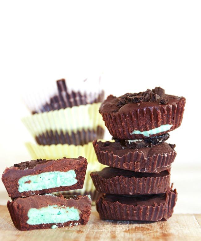 Chocolate Mint Oreo Cups