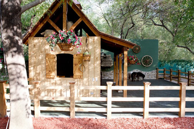 Small Horse Barn in Mexico for two