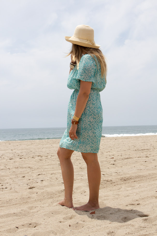 Summer outfit by the Pacific Ocean