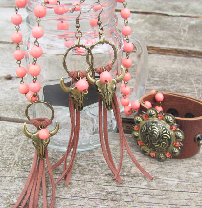 Coral Rodeo Envy Jewelry Set