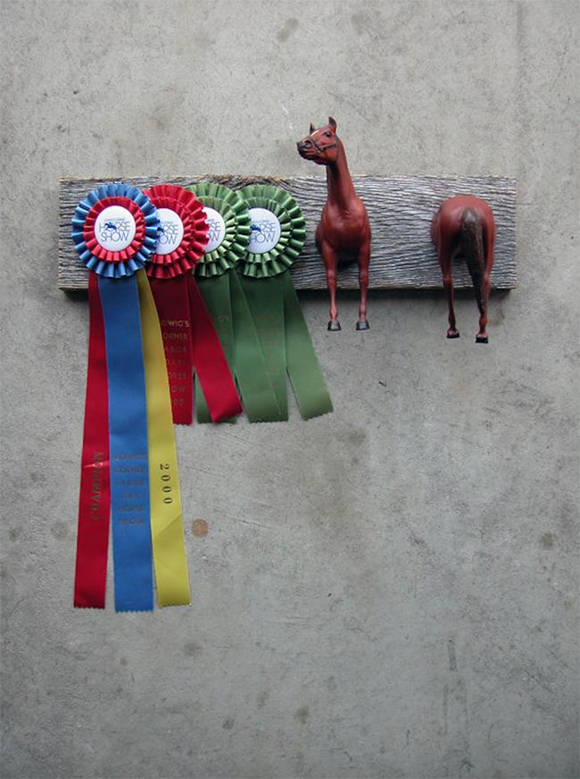 Breyer Horse Ribbon Rack
