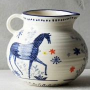Saga horse creamer from Anthro