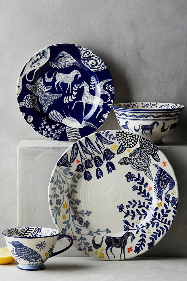 Saga horse dinner plates