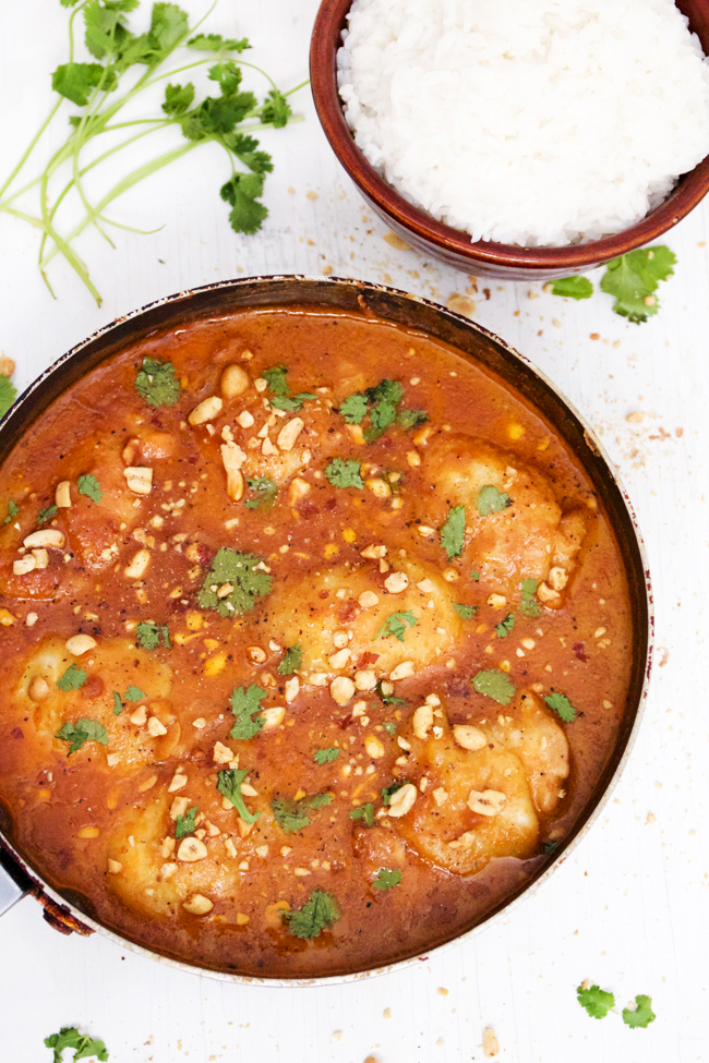 One pan skillet chicken breasts with spicy peanut sauce and rice