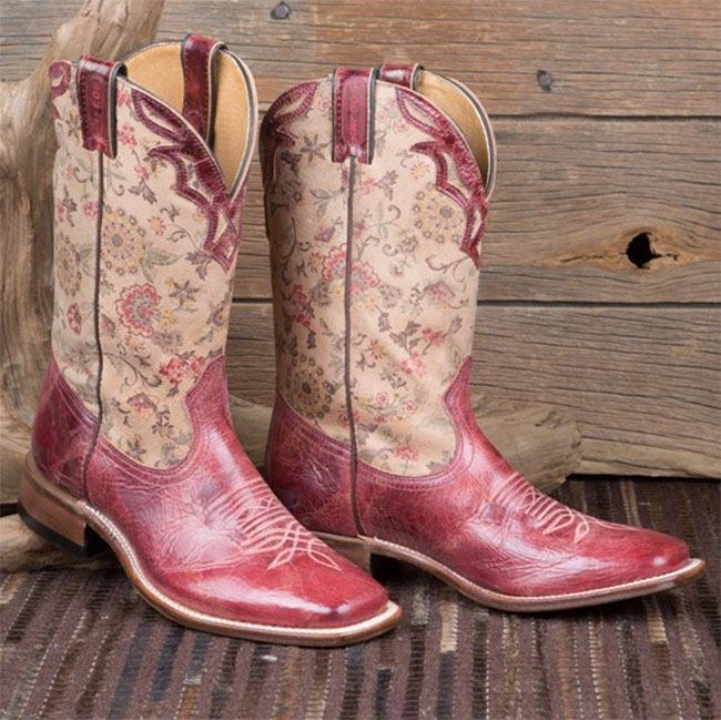 3 Pairs Of Crush Worthy Boulet Boots Horses Amp Heels