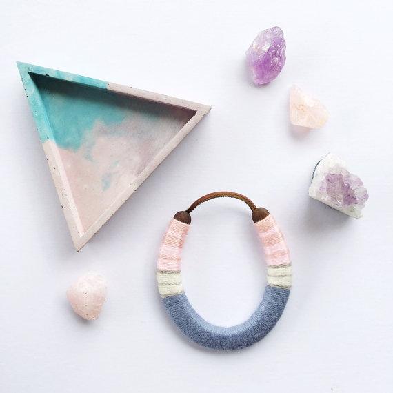 Pantoned lucky yarned horseshoe