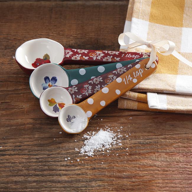 Pioneer Woman harvest retro floral measuring spoons