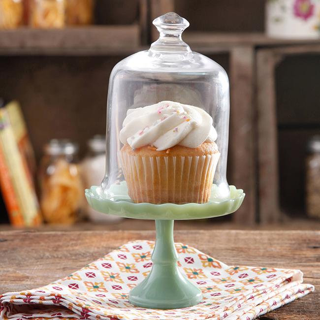Pioneer Woman mini cupcake stand