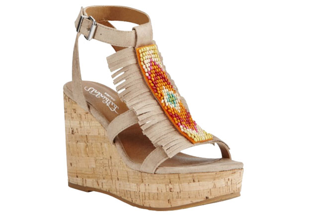 6 Pairs of Ariat Sandals for Summer