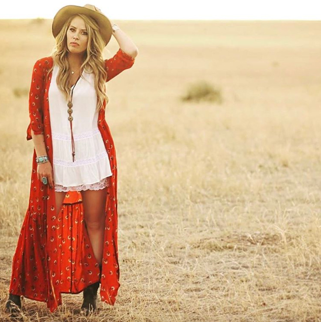 Red print duster and hat