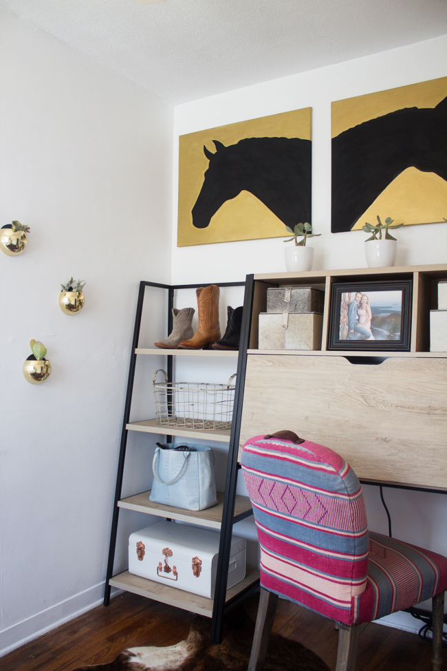 a blogger's equestrian home office