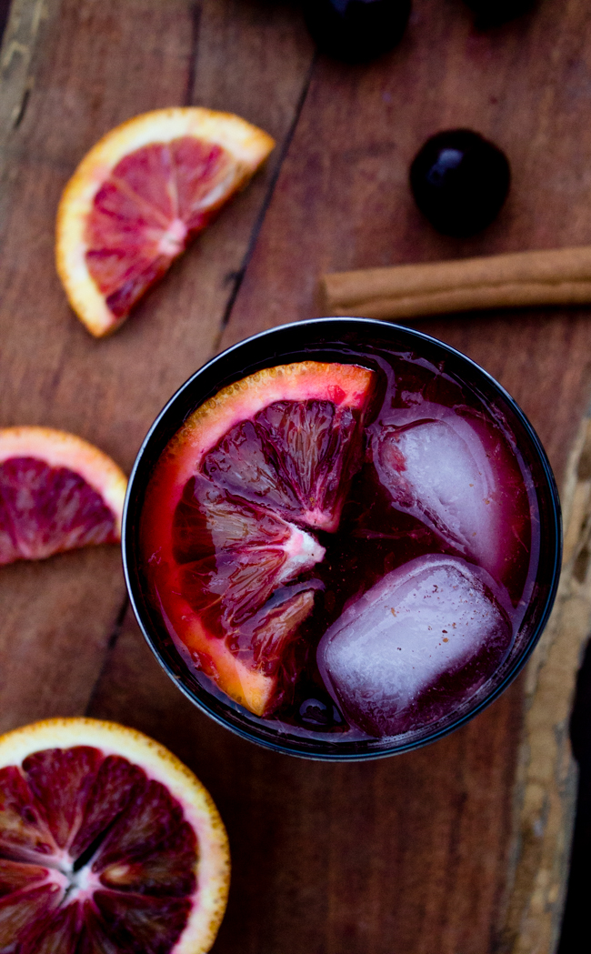 Blood orange and cherry mojitos for Halloween