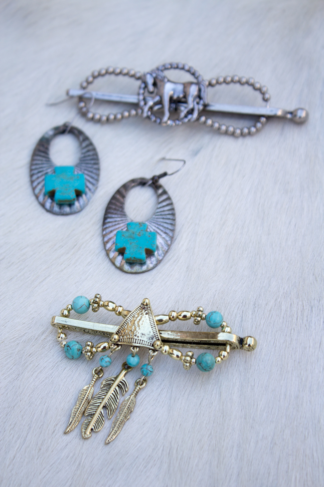 Flexi clips with western and equestrian style